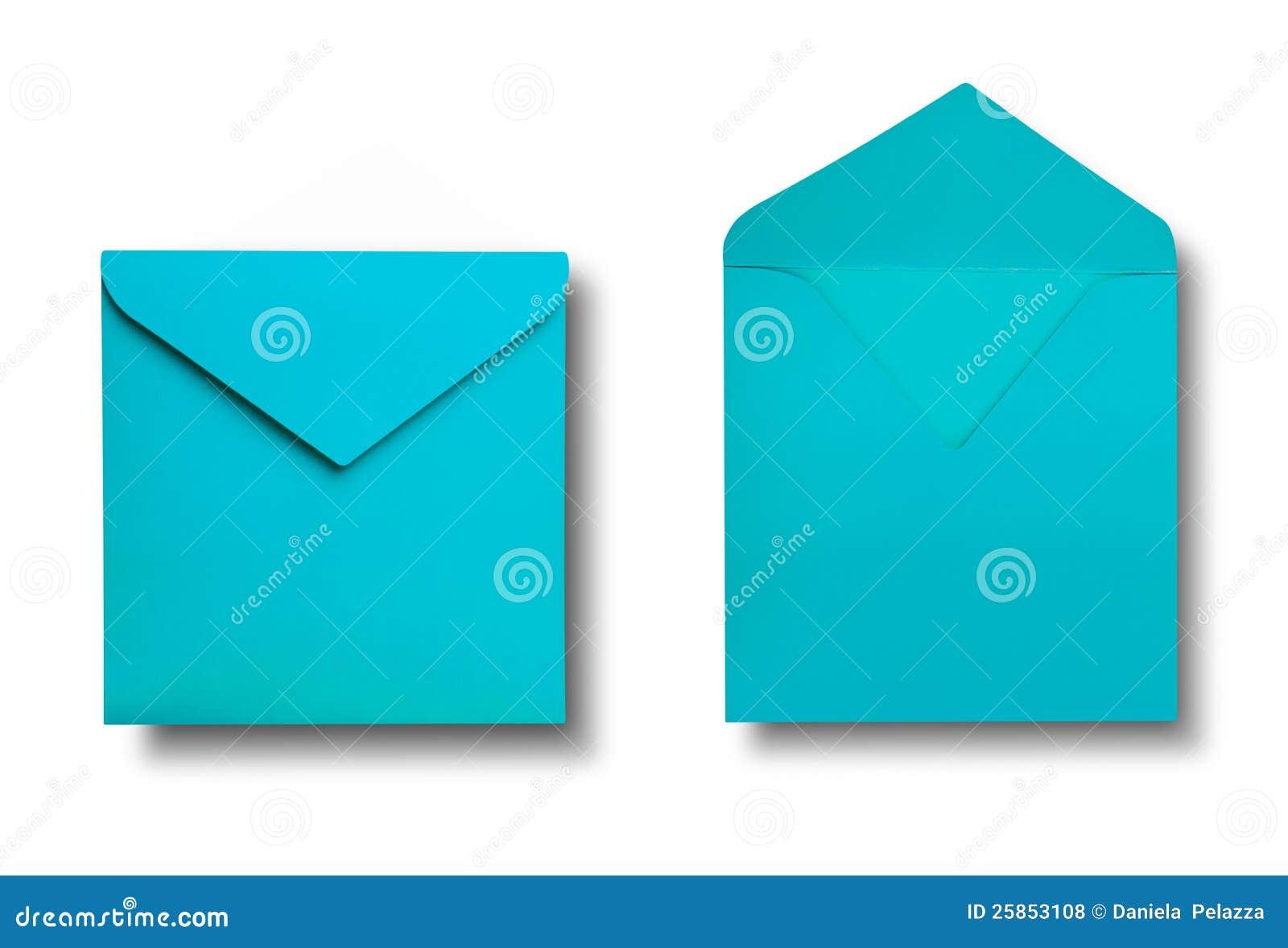 Close-up de dois envelopes.