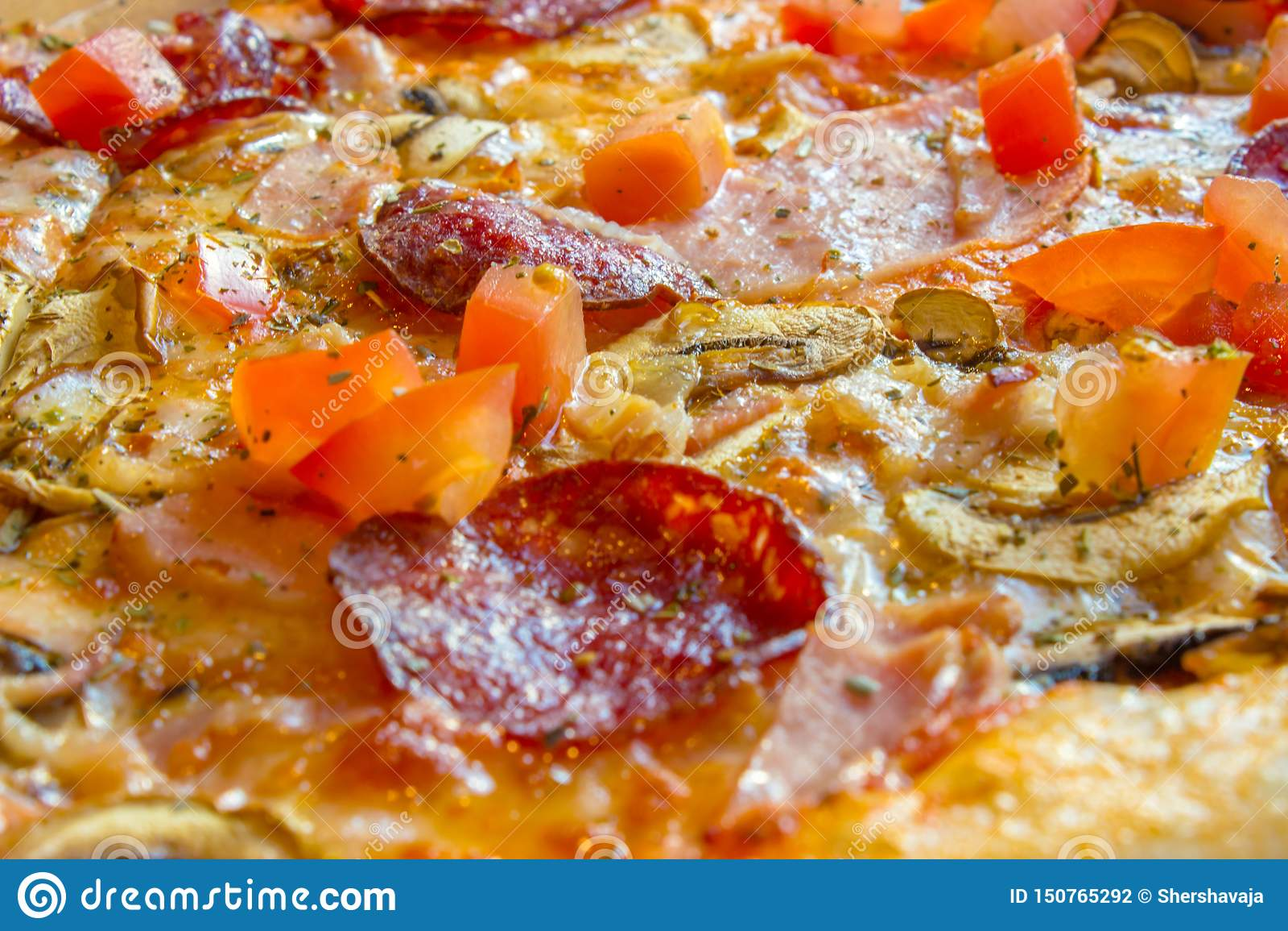 Close-up delicioso saboroso da pizza Molhar da boca
