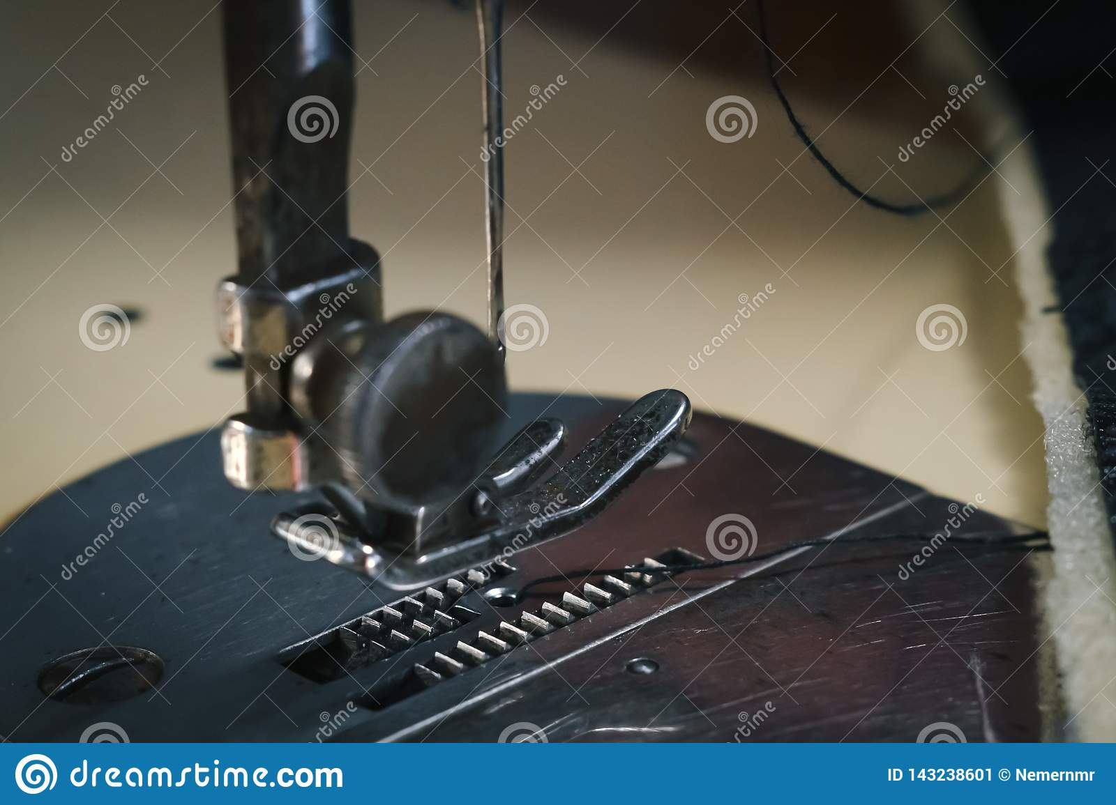 Close up Detail of old sewing machine with a low depth of field, traditional, autentic sewing