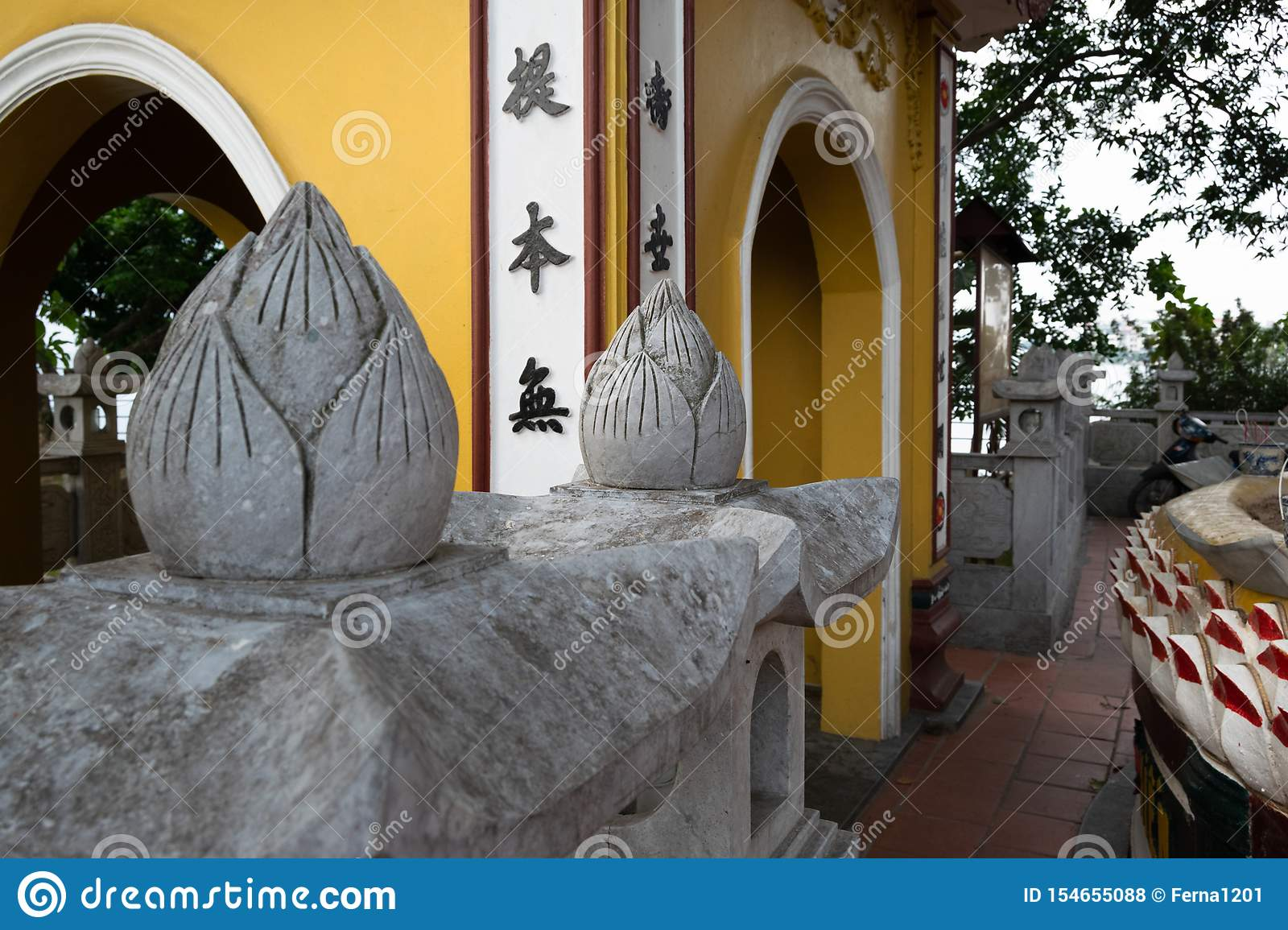 Close up of the details on the ancient vietnamese architecture