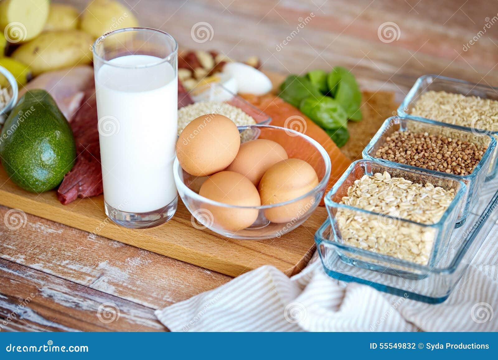 Calories in Asda Chosen by You Indian Takeaway Tarka Dhal 200g