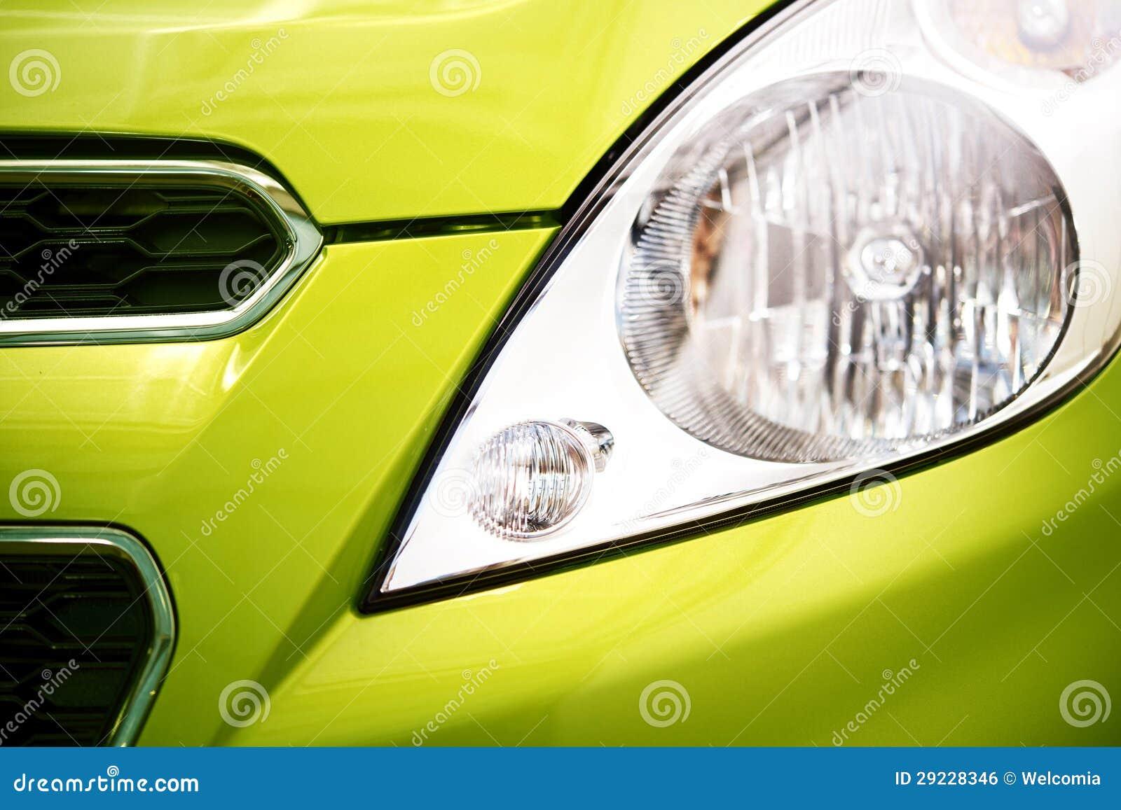 Download Close Up Do Carro Da Cidade Foto de Stock - Imagem de gasolina, horizontal: 29228346