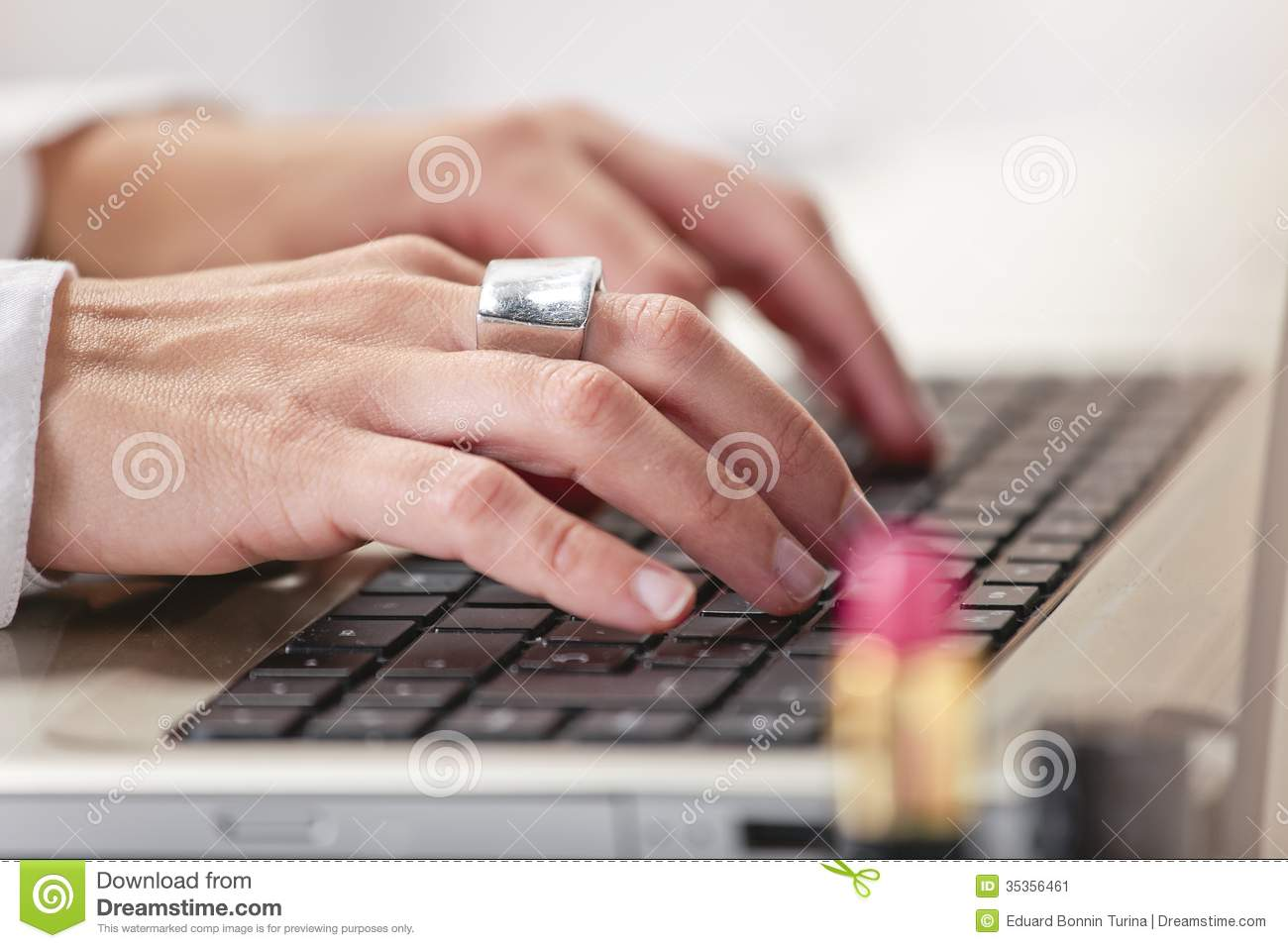 Close up of fashion hand s woman blogger working in a creative w