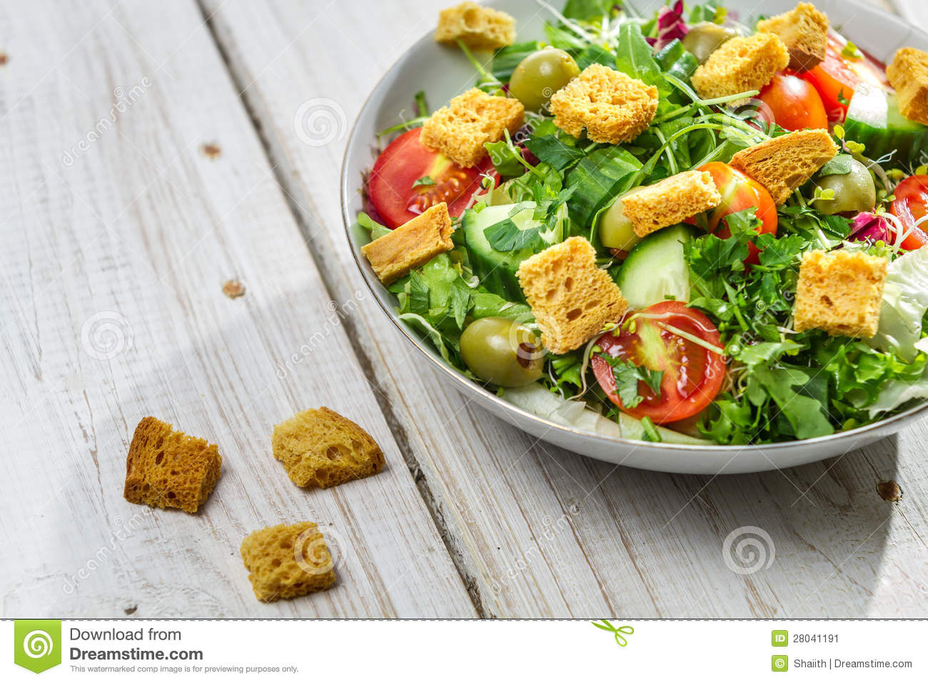 Close-up on a fresh salad with chicken