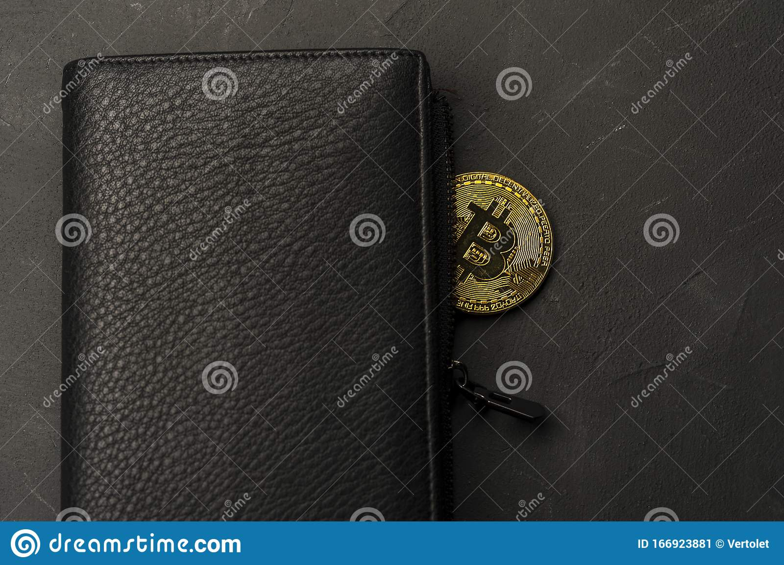 bitcoin savings wallet