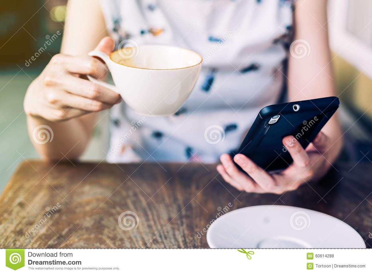 close up hand woman using smartphone in coffee shop stock photo image 60614288. Black Bedroom Furniture Sets. Home Design Ideas