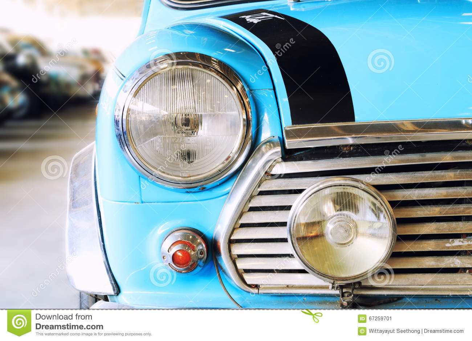 Vintage Auto Headlight Styles : Close up of headlight lamp blue vintage classic car stock
