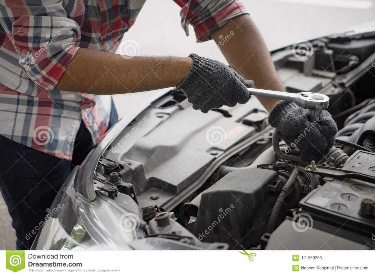 Maintenance and repair of cars: a selection of sites