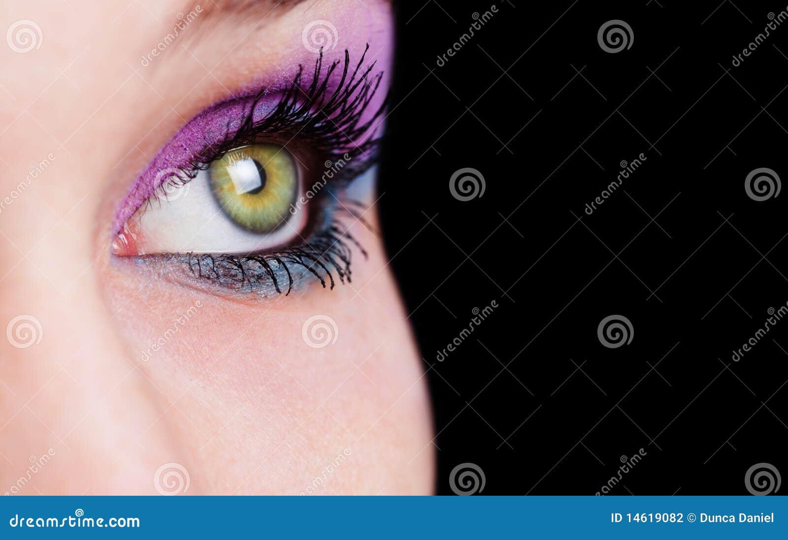 Close up no olho com composição bonita