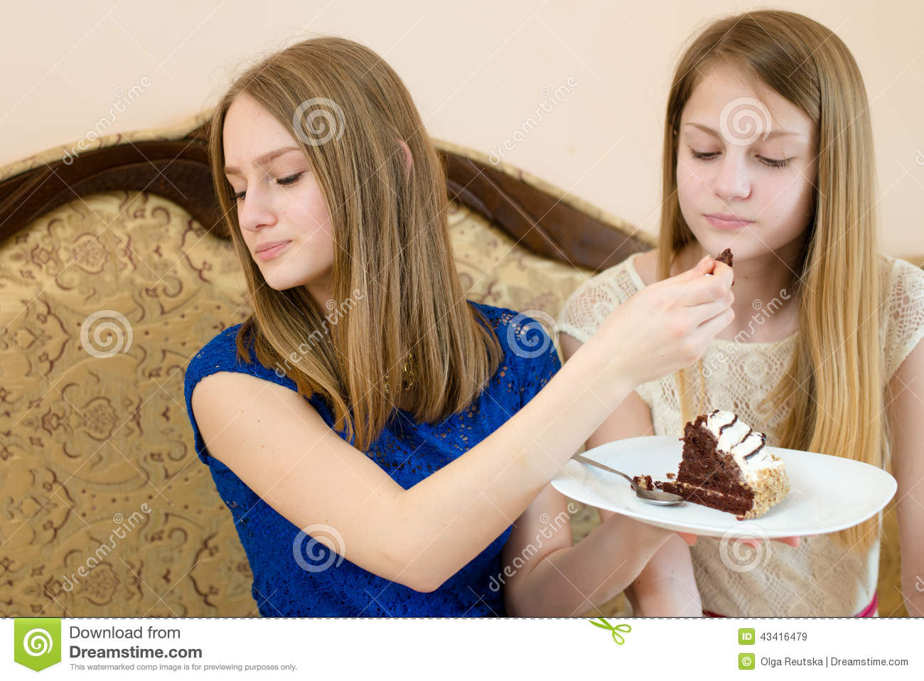 2 Blonde Sisters Or Girl Friends Beautiful Young Women