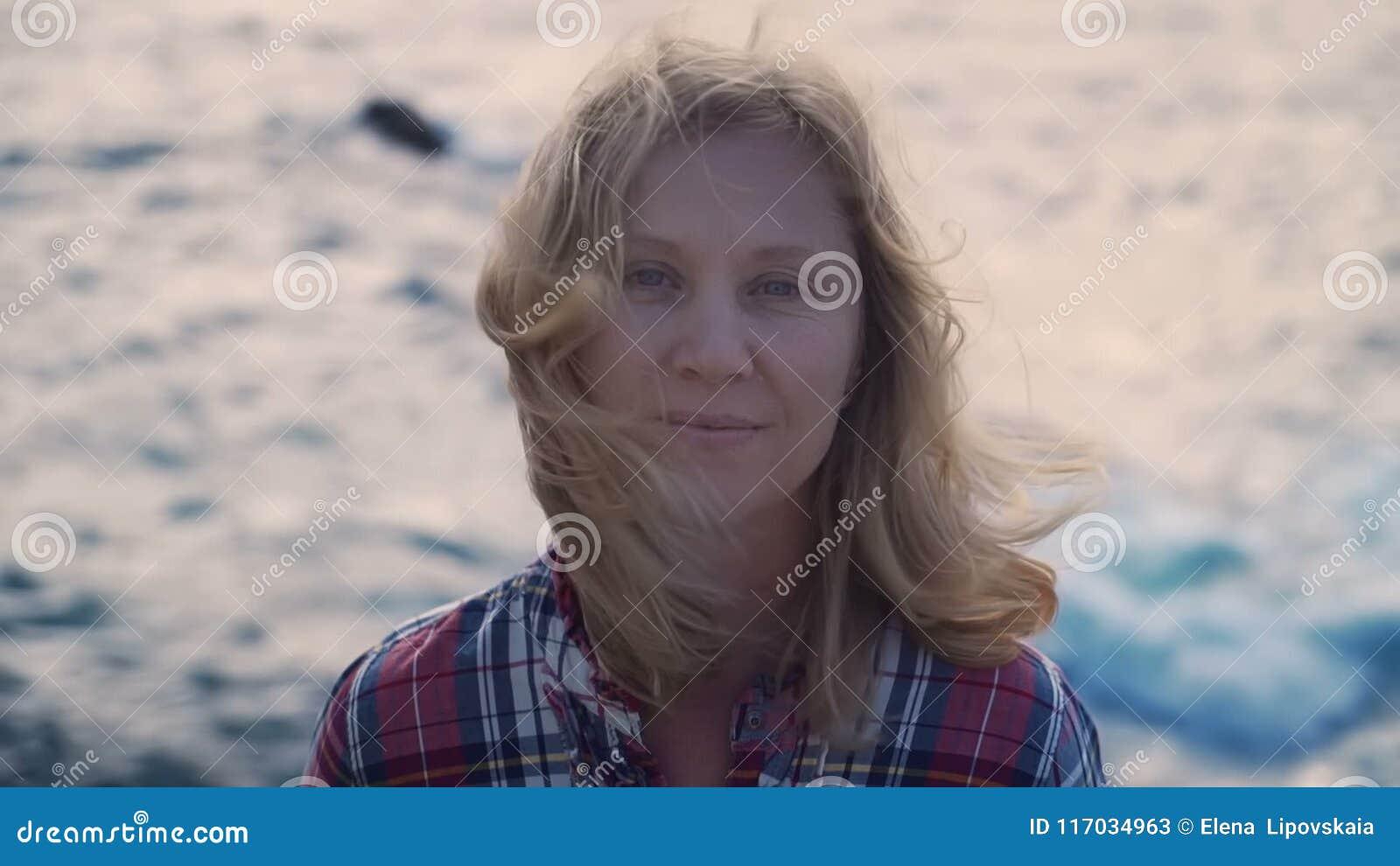GRETCHEN: Mature blonde wife loves