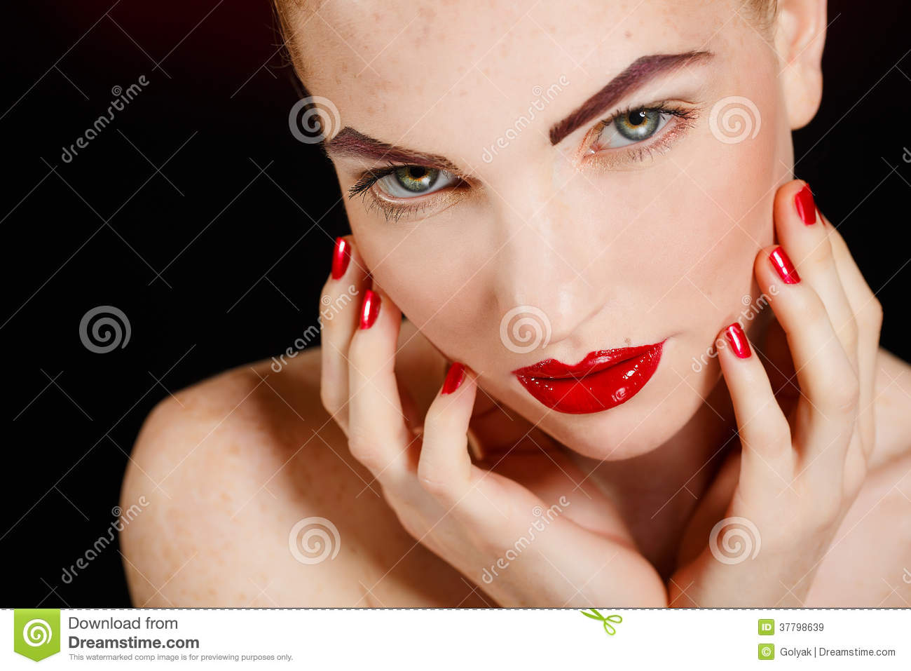 Close-up Portrait Of European Young Woman Model With Glamour Make-up And Red Bright Manicure ...