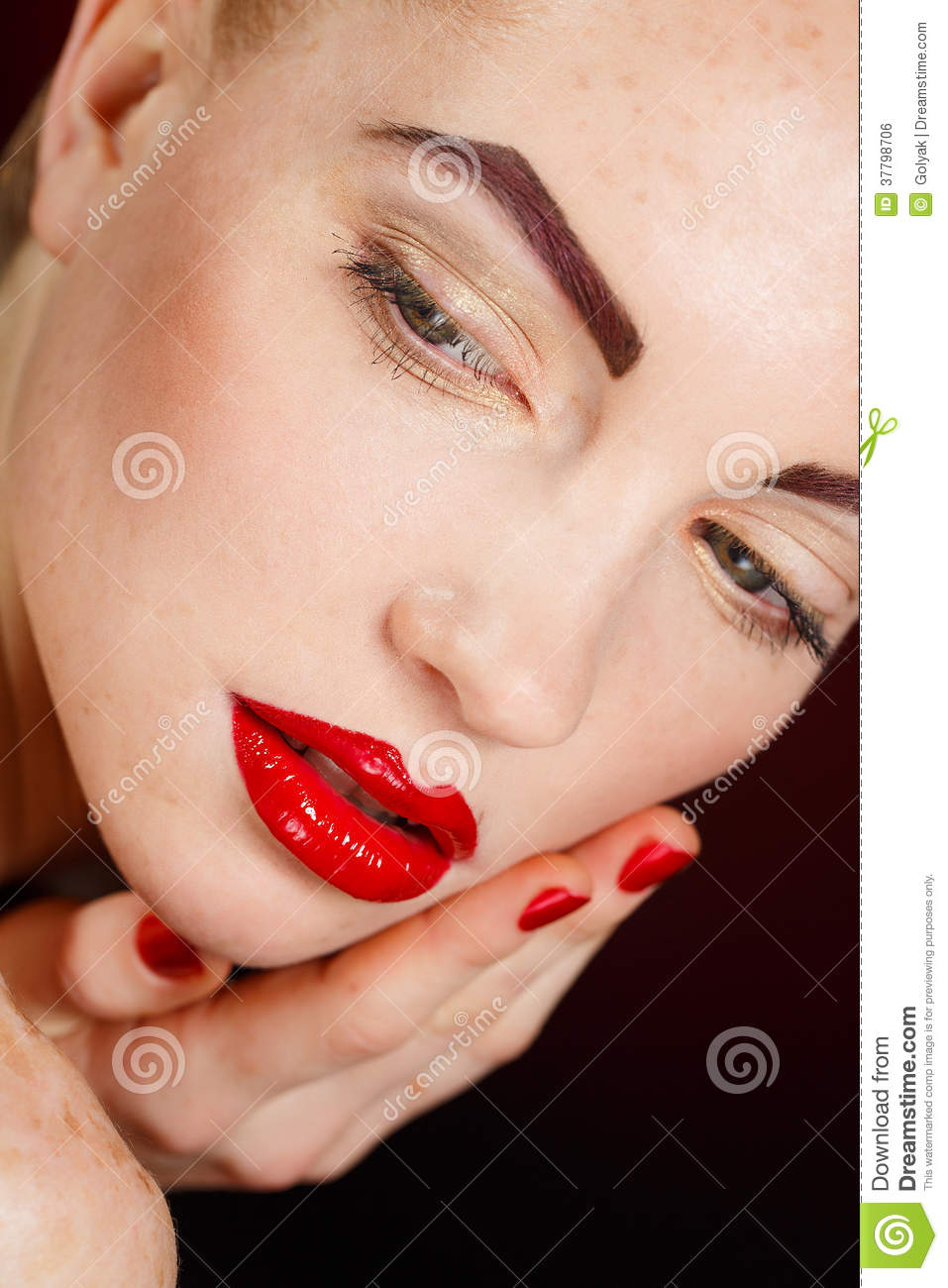 beautiful model with bright red retro lips make up royalty free stock male models picture. Black Bedroom Furniture Sets. Home Design Ideas