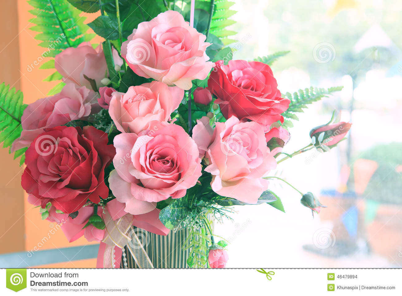 Close Up Of Roses Flowers Bouquet Decorated In Home Interior Wit ...