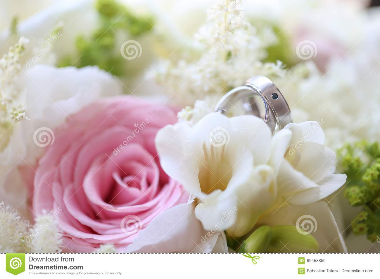 Close Up Of Silver Wedding Rings Stock Image - Image of invitation ...