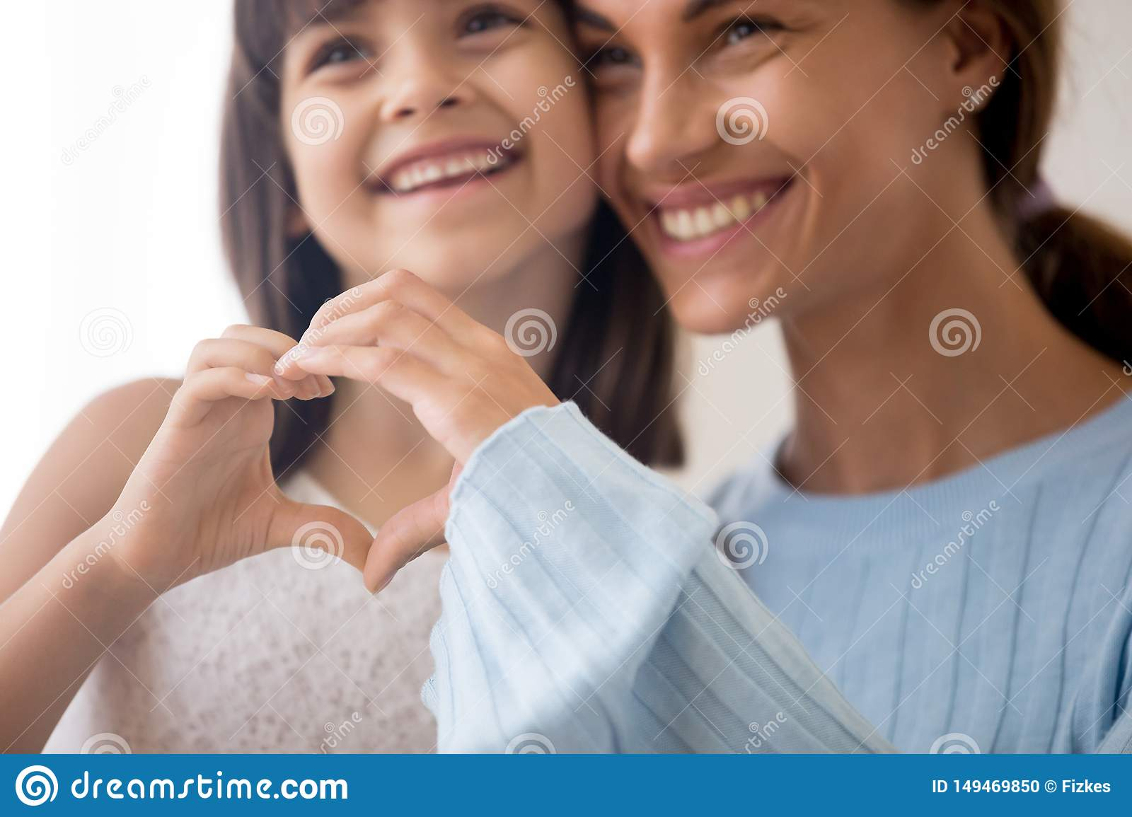 Mother and daughter make love