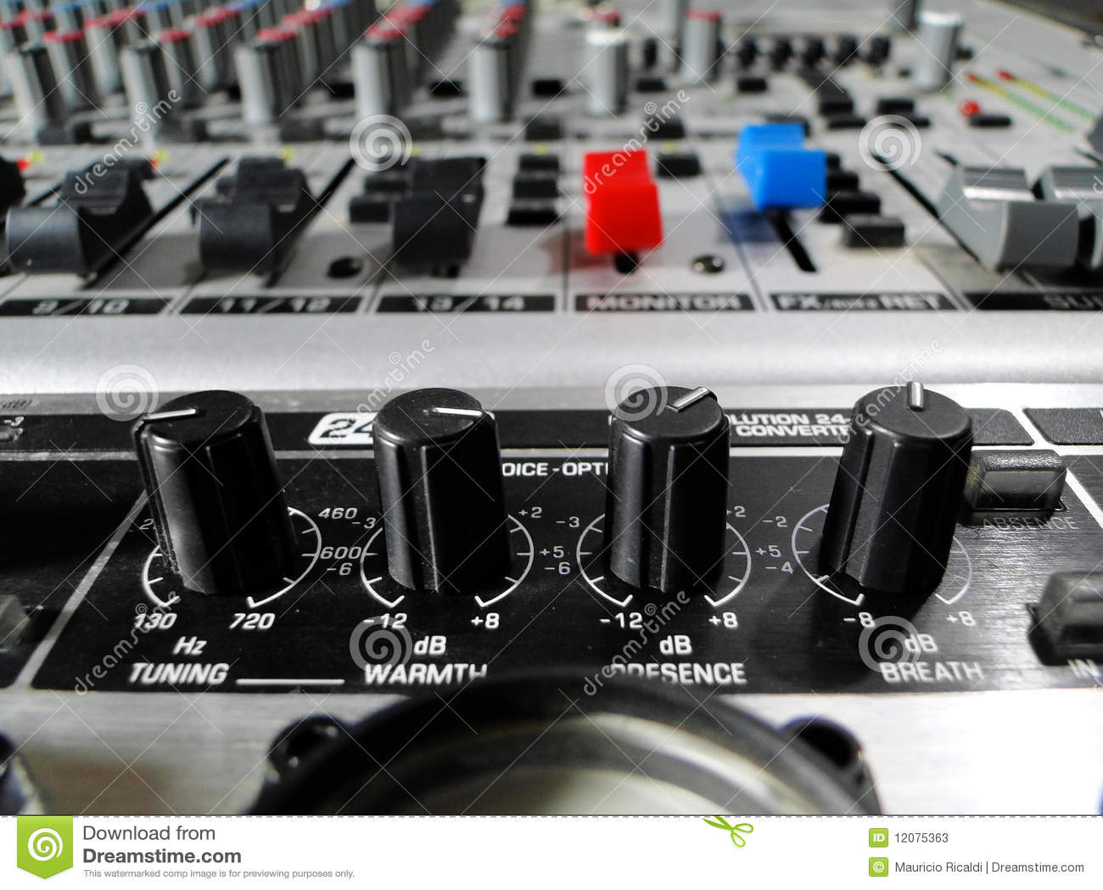 how to close volume mixer