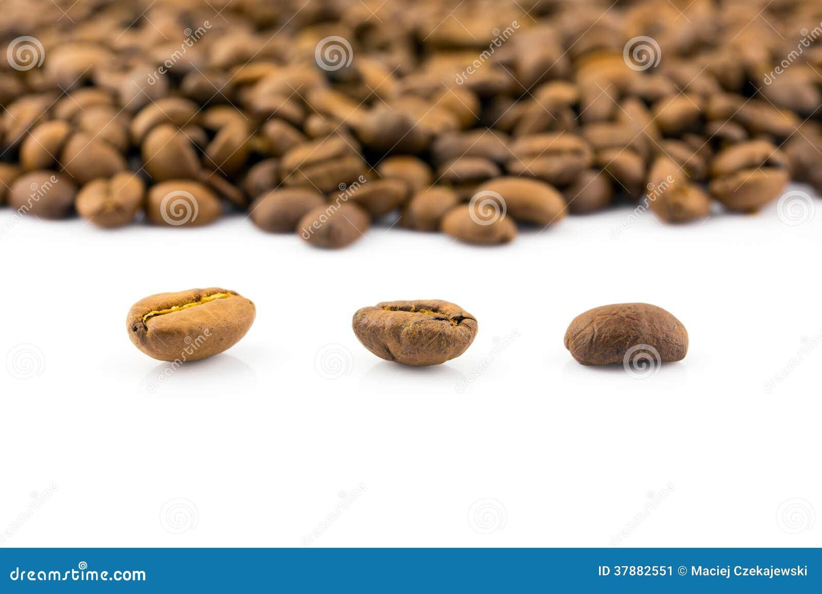 Close-up van geroosterde koffiebonen