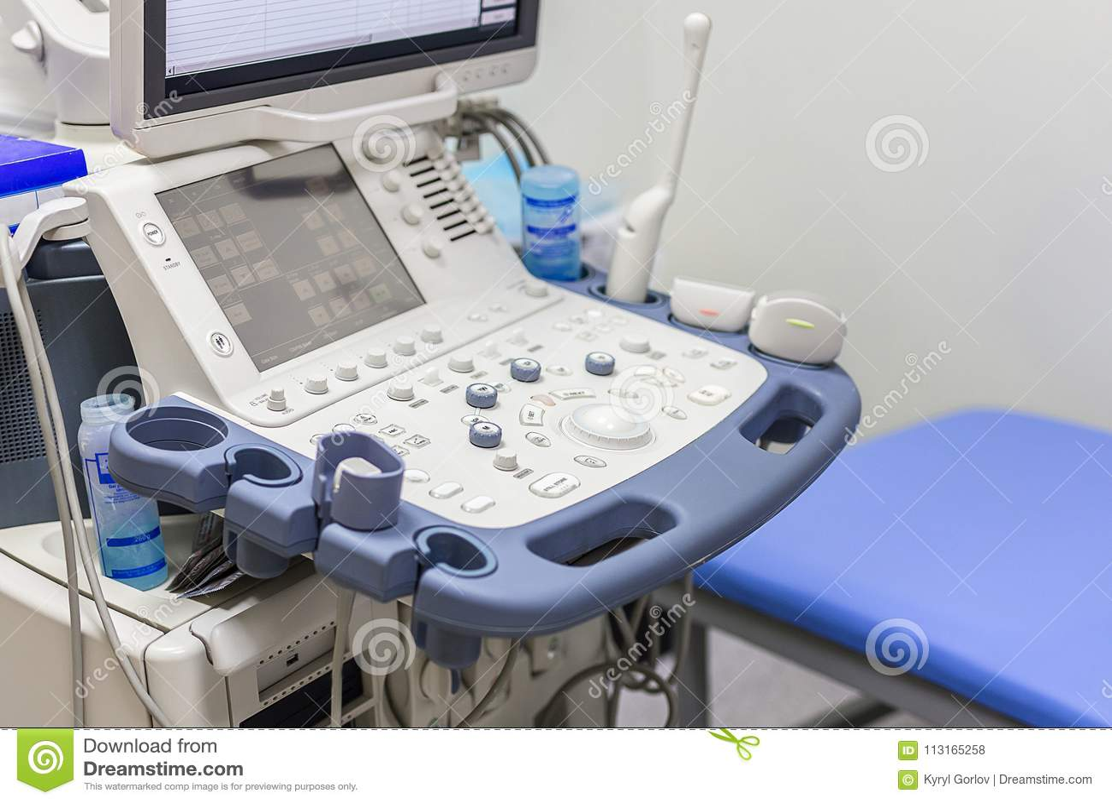 Close-up van ultrasone klankmachine in kliniek Het moderne ziekenhuis met geavanceerd technisch materiaal Kenmerkende gezondheids