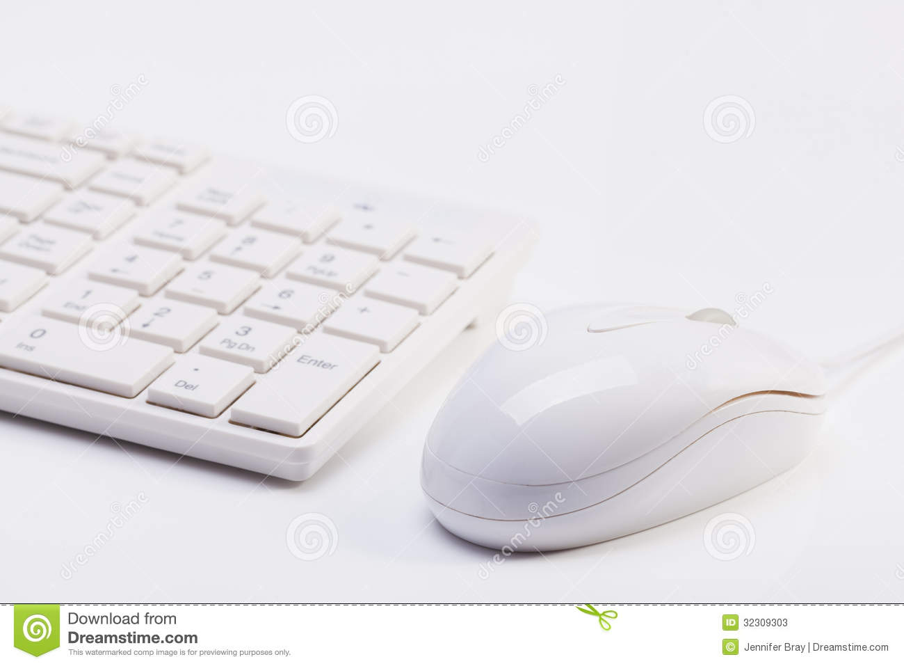 close up of white wireless keyboard and wired mouse stock photos image 32309303. Black Bedroom Furniture Sets. Home Design Ideas