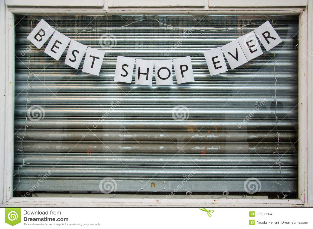 Closed Shop Window With Sign Saying Stock Images Image