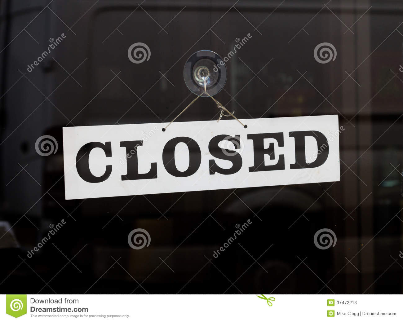 Closed Sign On A Door Stock Photos - Image: 37472213