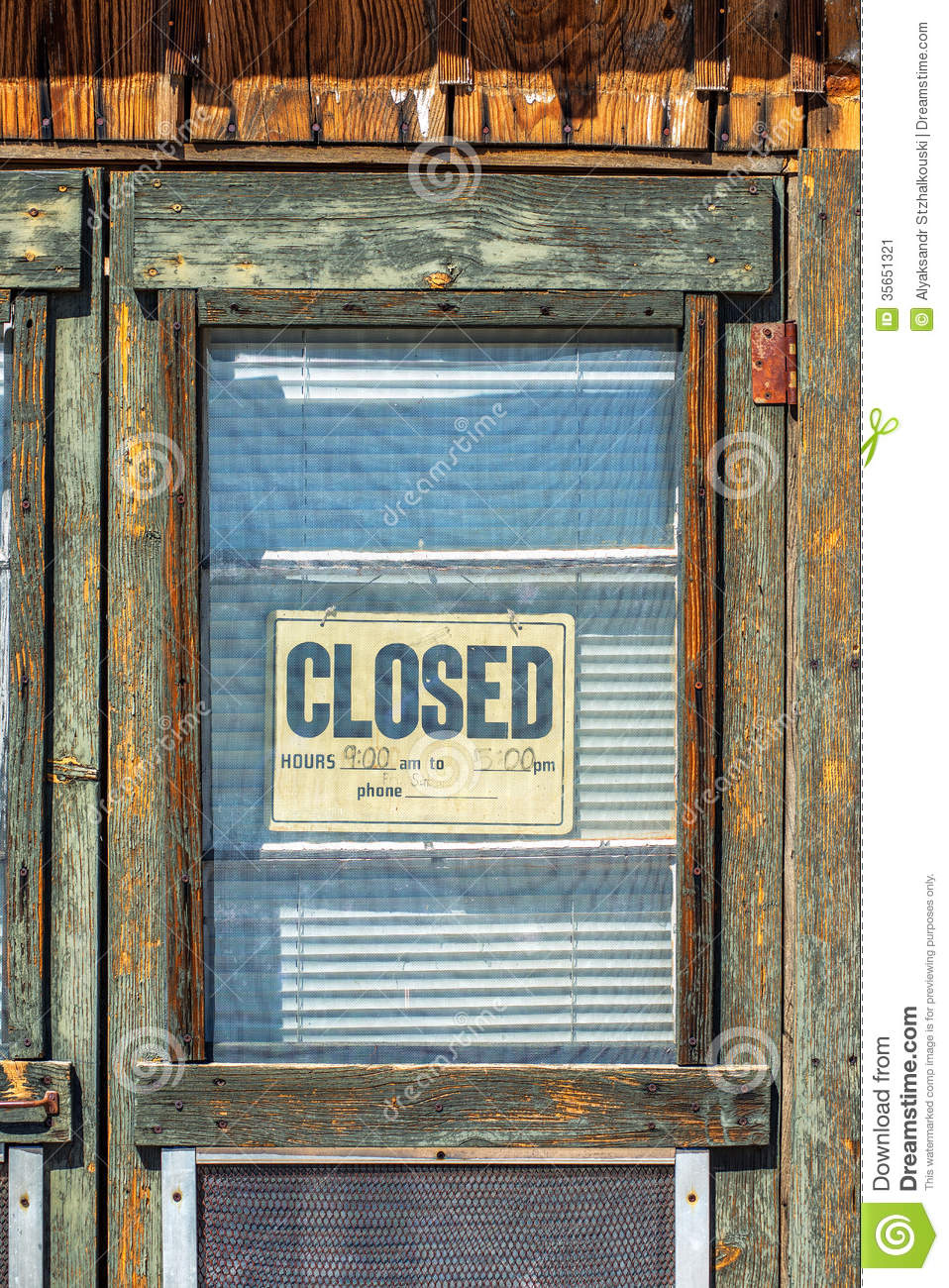 Closed sign on the door stock image. Image of retail ...