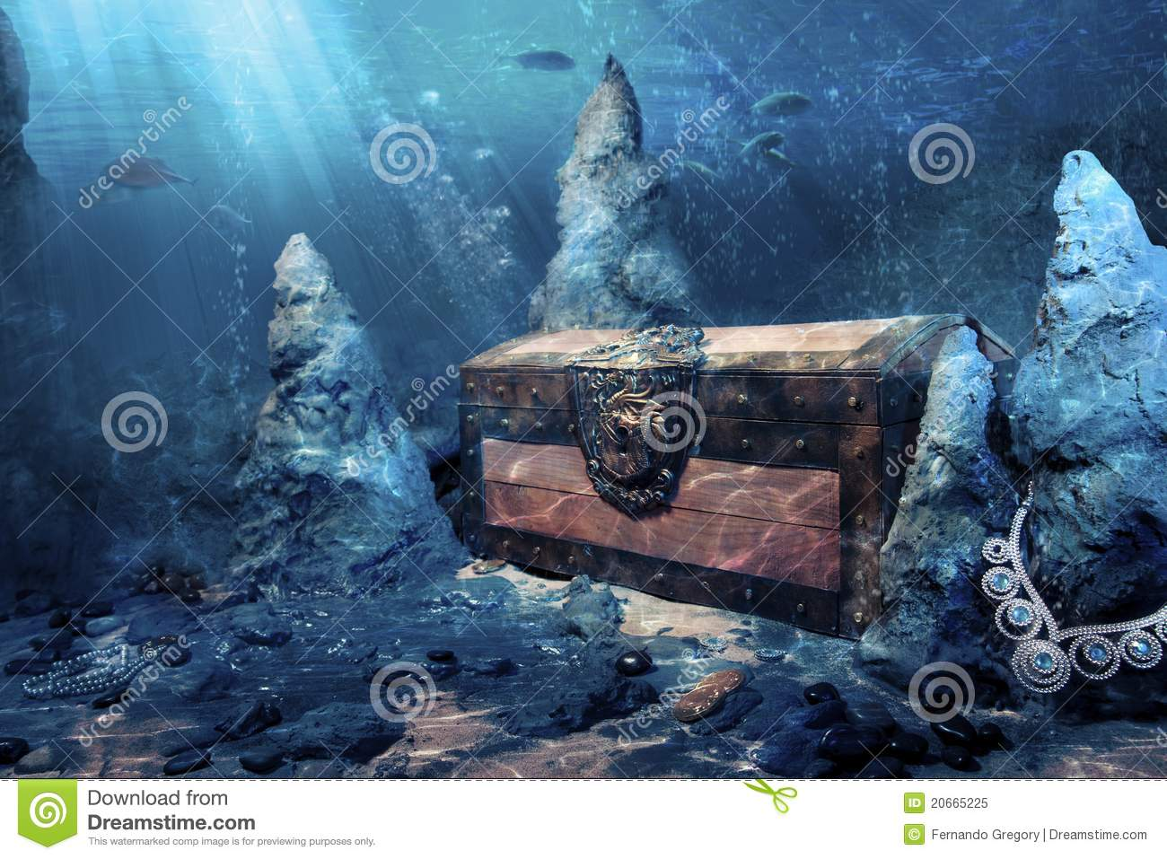 Closed Treasure Chest Underwater Stock Image Image 20665225