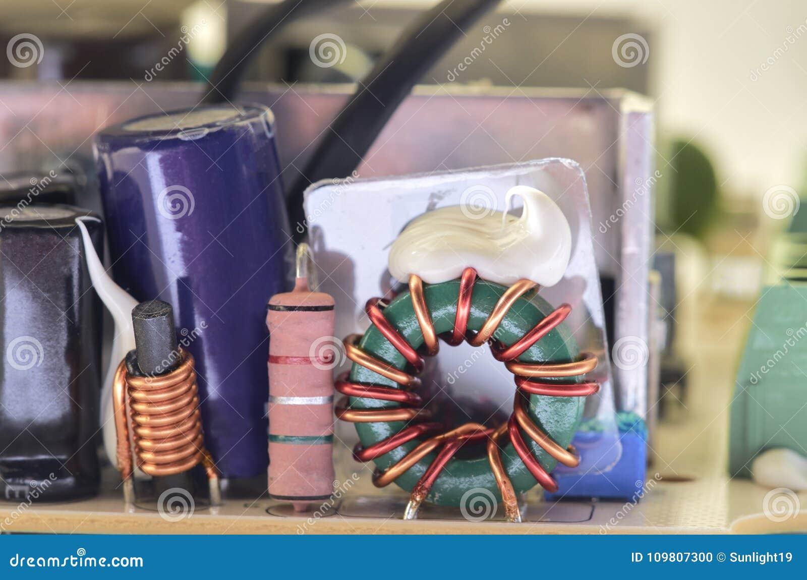 Closeup av video högtalaranläggningströmförsörjning