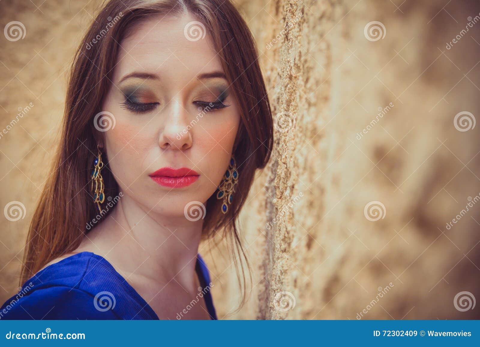 drummond brunette close - photo #23