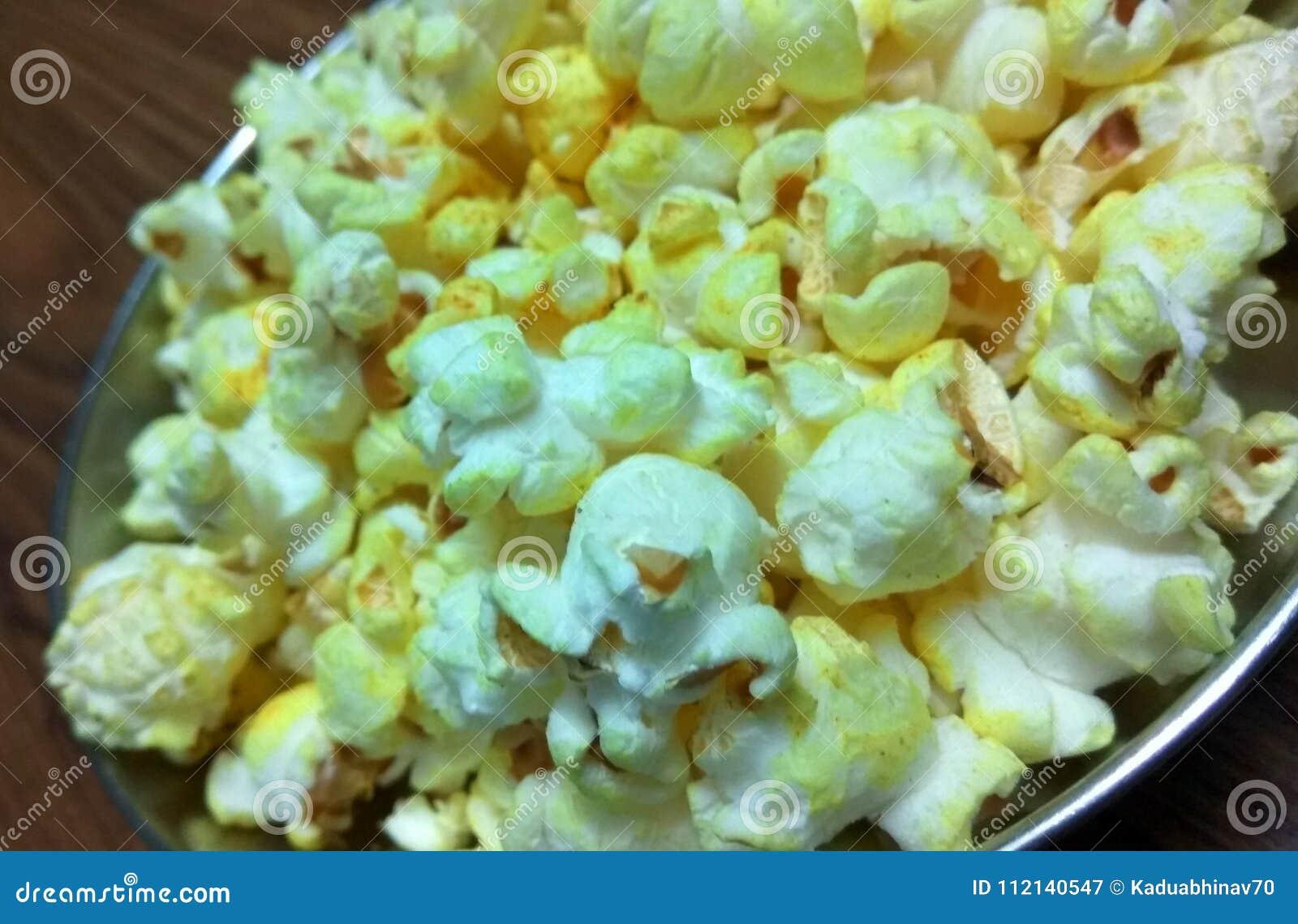 Closeup click of Popcorn