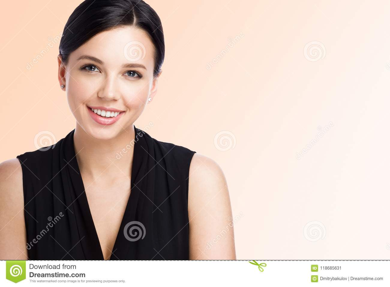Closeup portrait of attractive young woman. Beautiful office worker