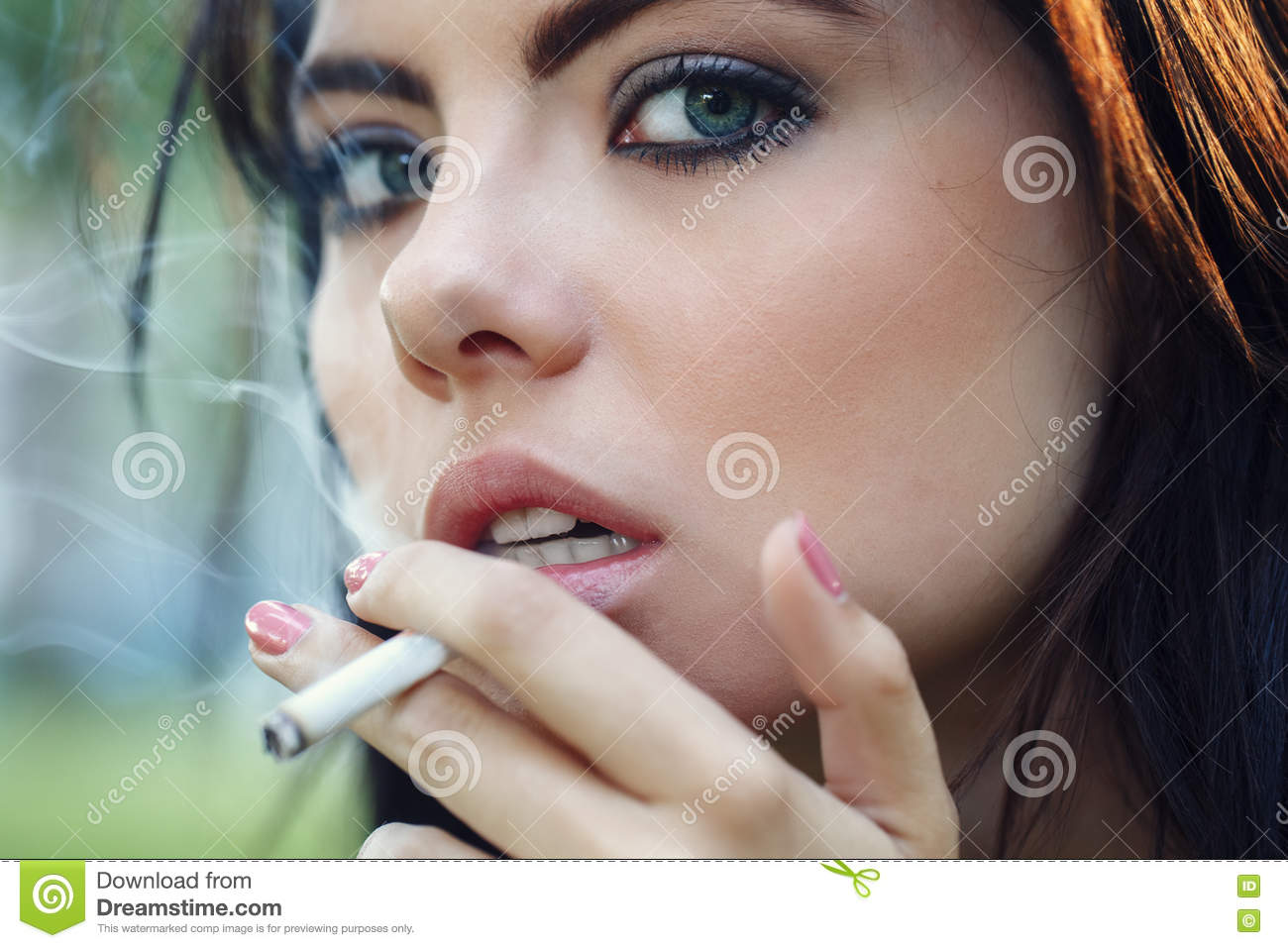women smoking closeup actress - photo #35