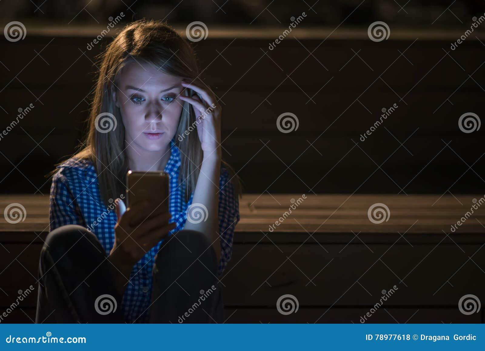 27   Beauty Sad Girl With for Sad Girl With Lamp  174mzq