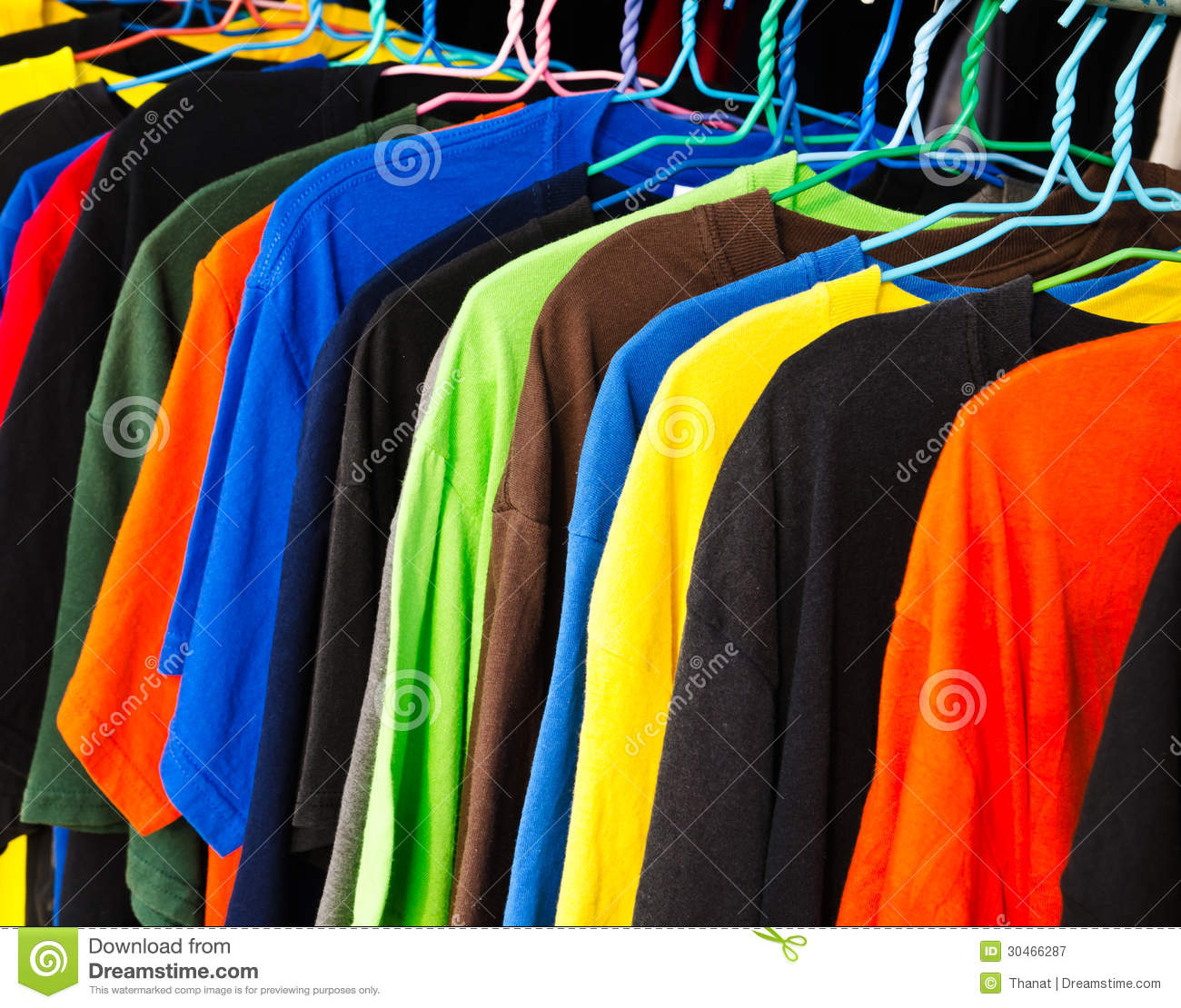 Royalty Free Stock Photography: Clothing retail store