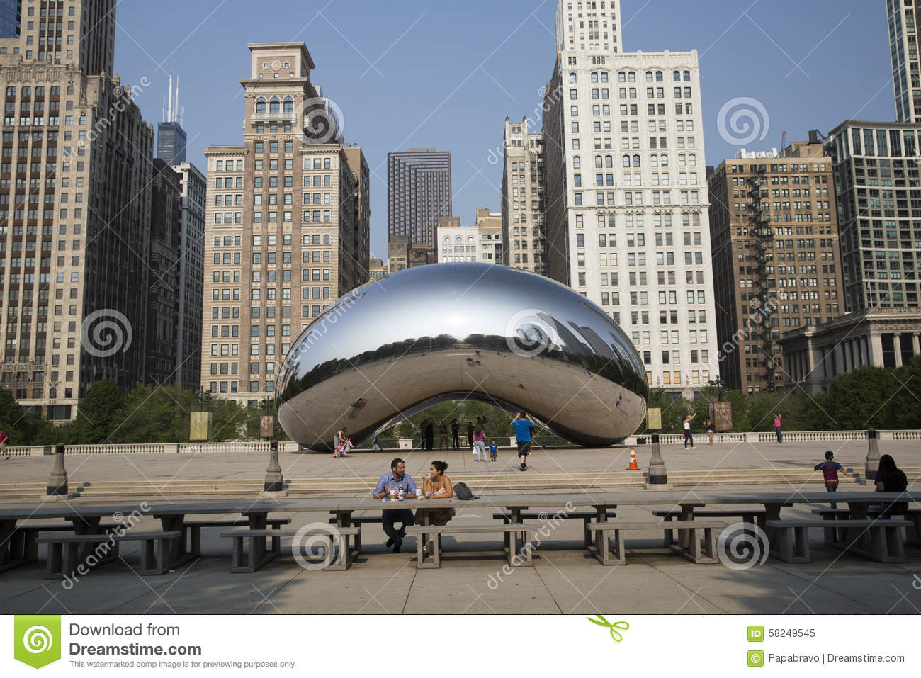 Cloud Gate Or The Bean In Chicago Millennium Park
