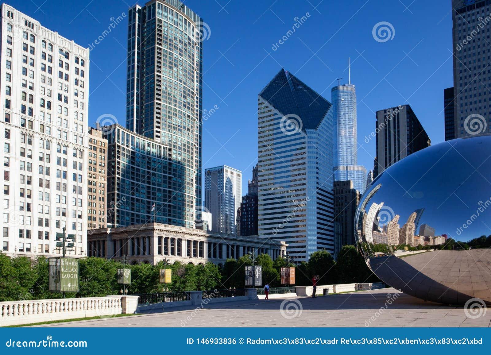 Cloud Gate, the famous public sculpture, Chicago, USA