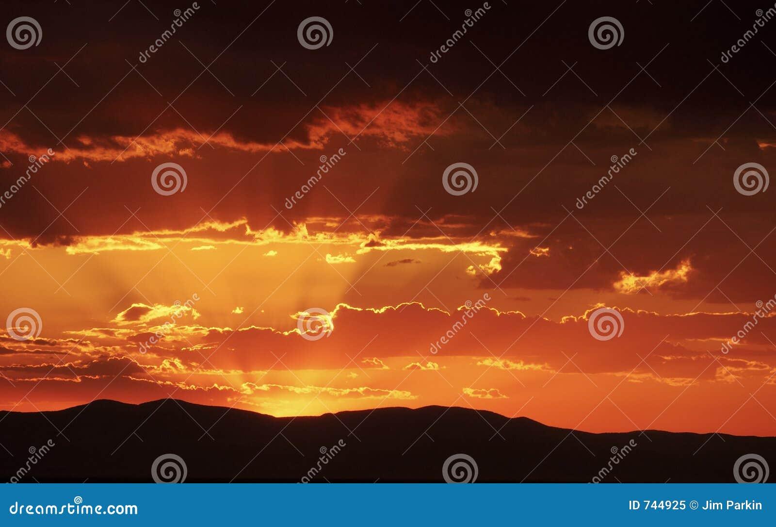 Clouds ljusa strålar