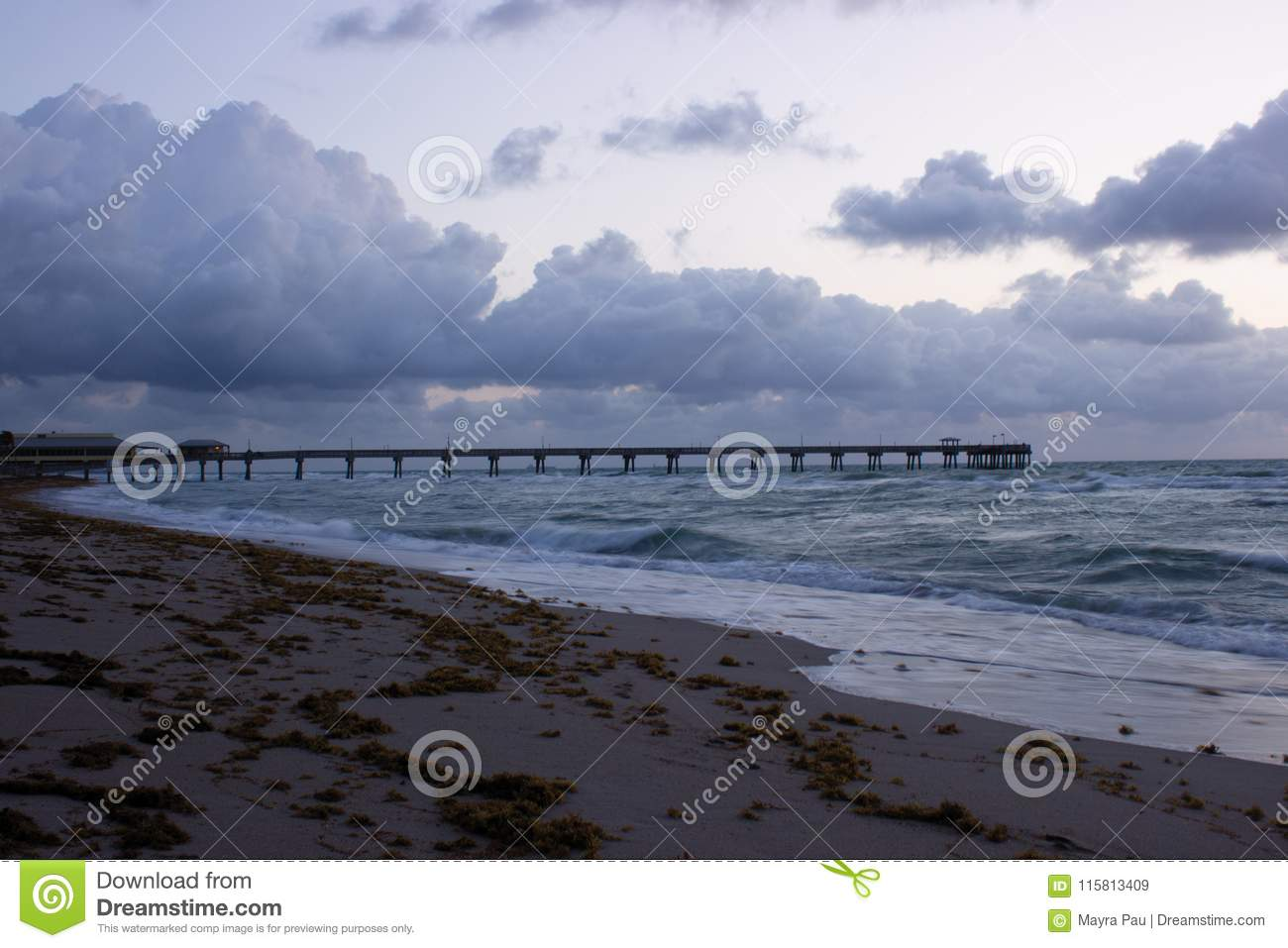 Clouds Over Fishing Pier Of Dania Beach Stock Image Image Of Clean