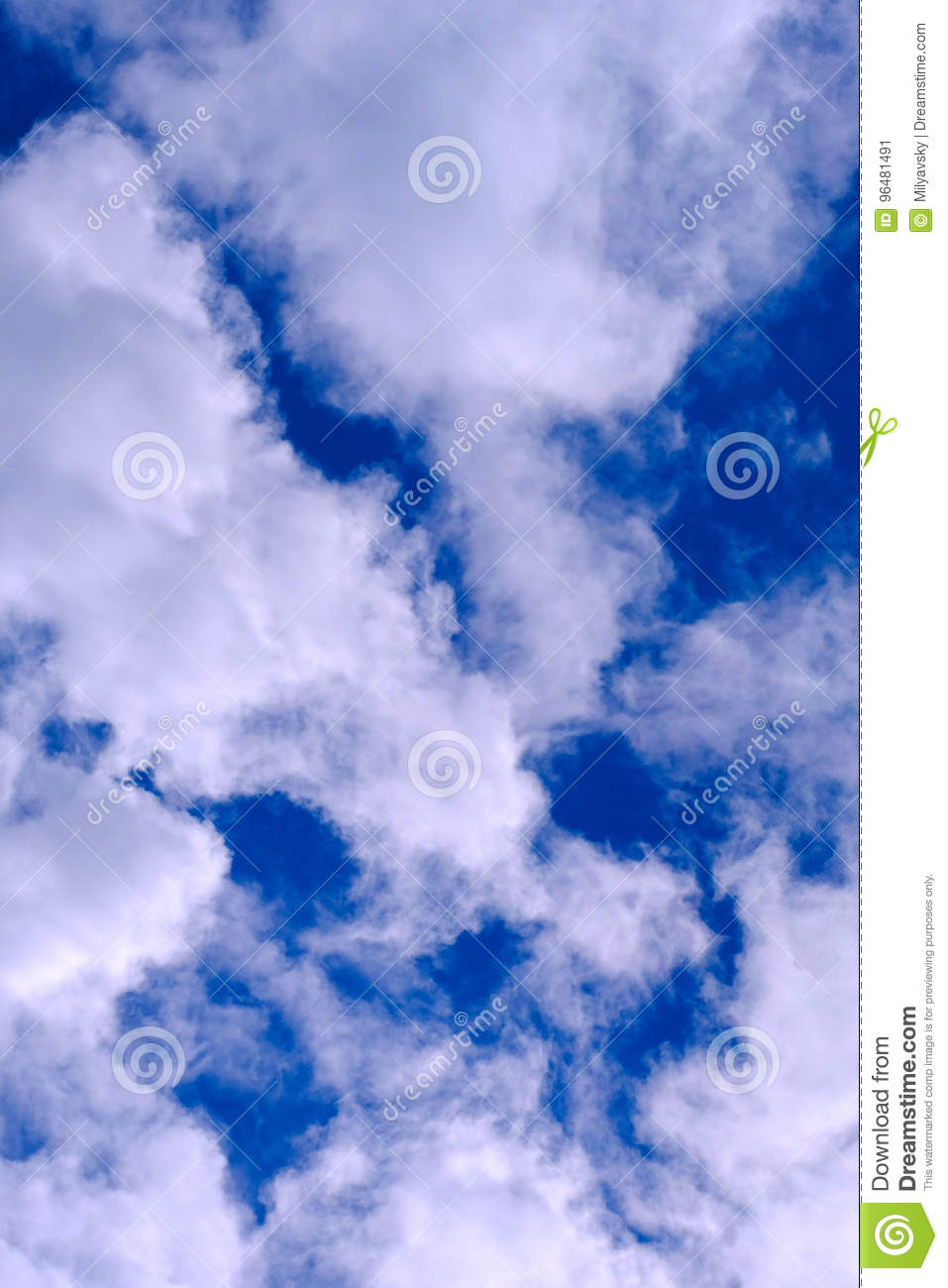Clouds in the sky, fresh air