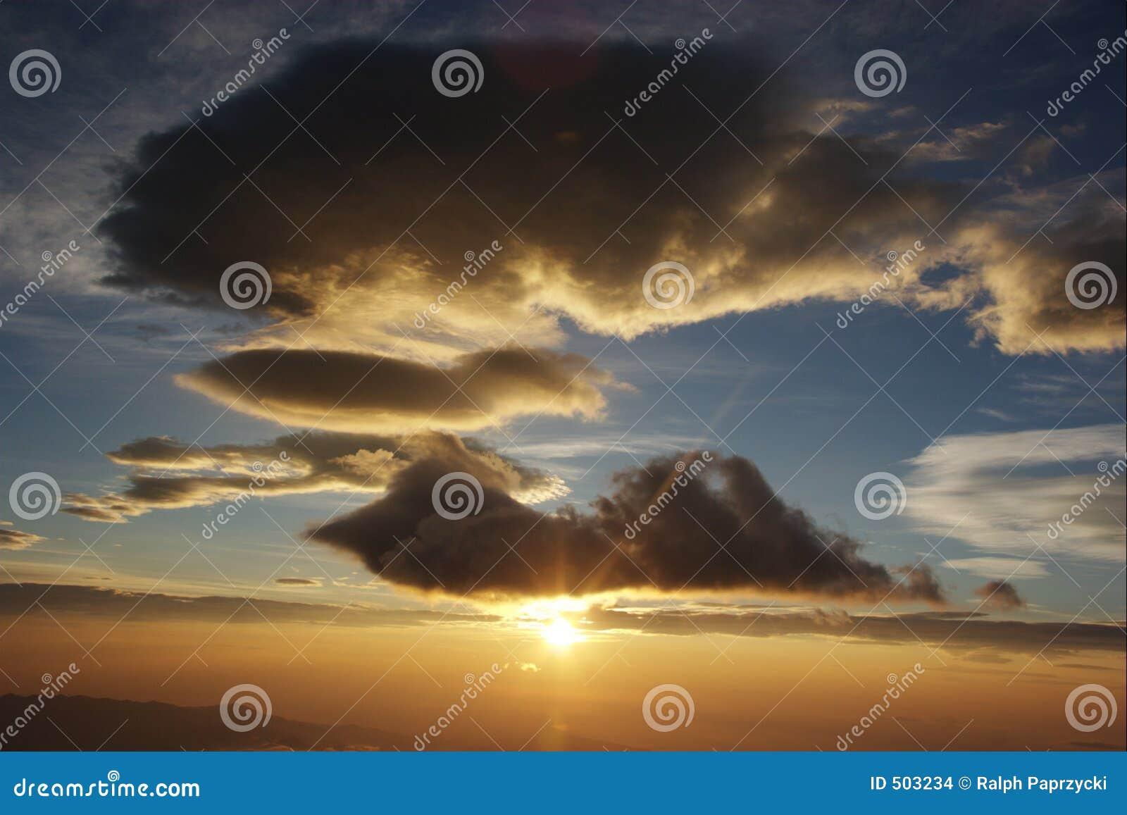 Clouds soluppgång