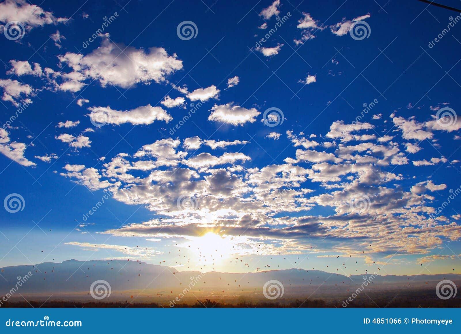 Cloudscape展望期