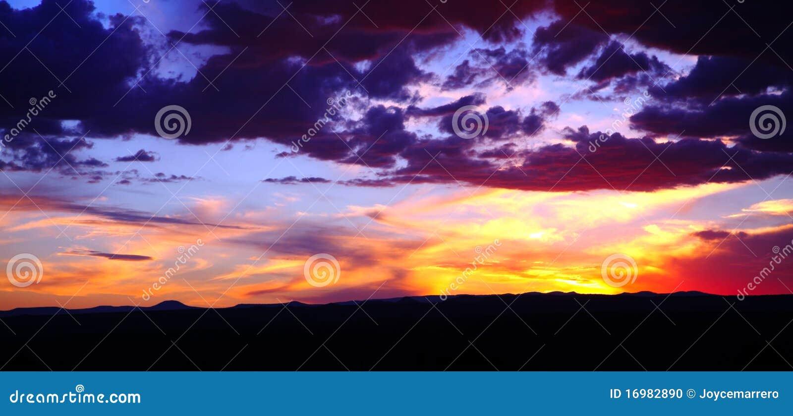 Cloudscape日落