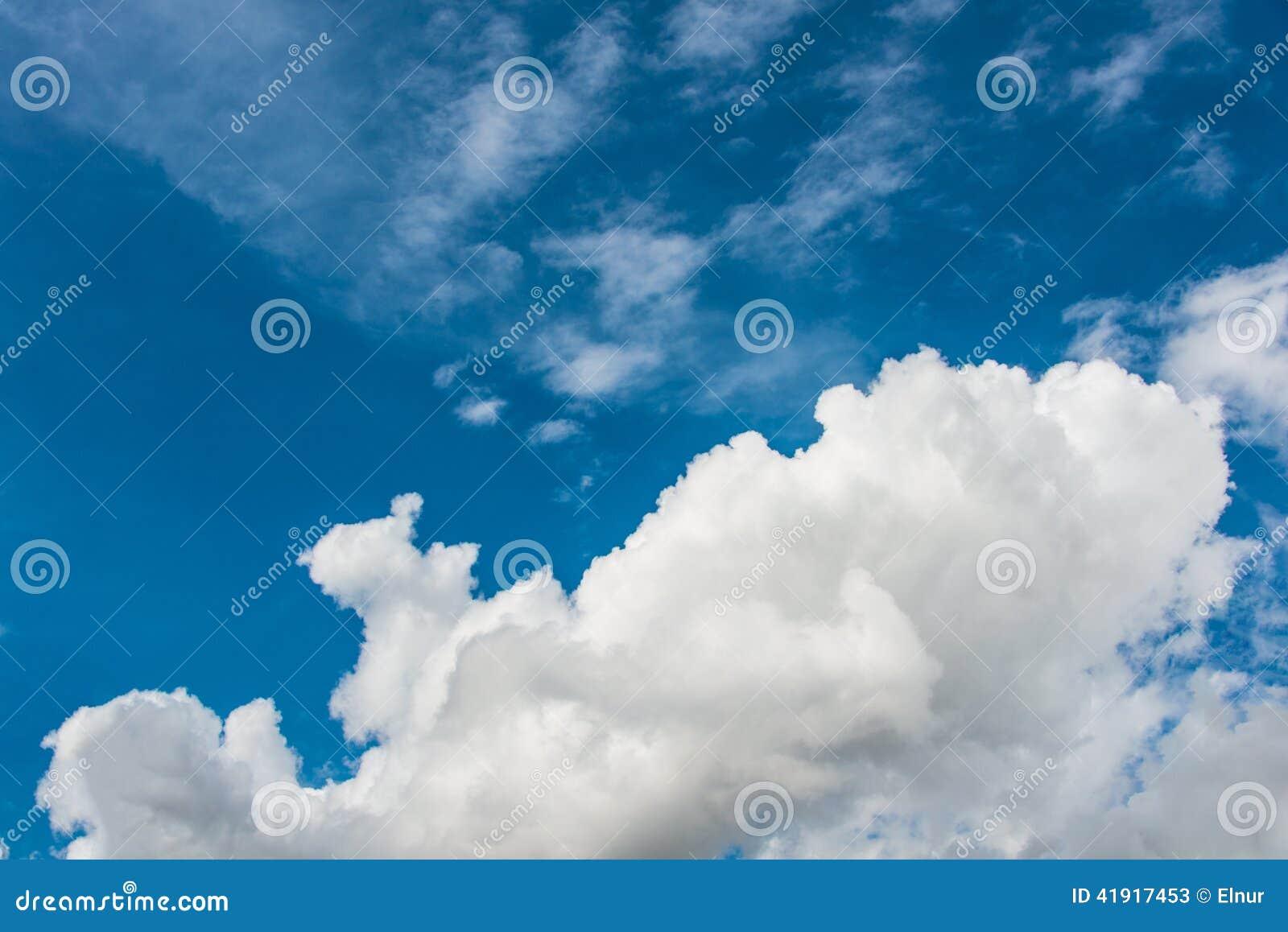 Cloudscape de brillante