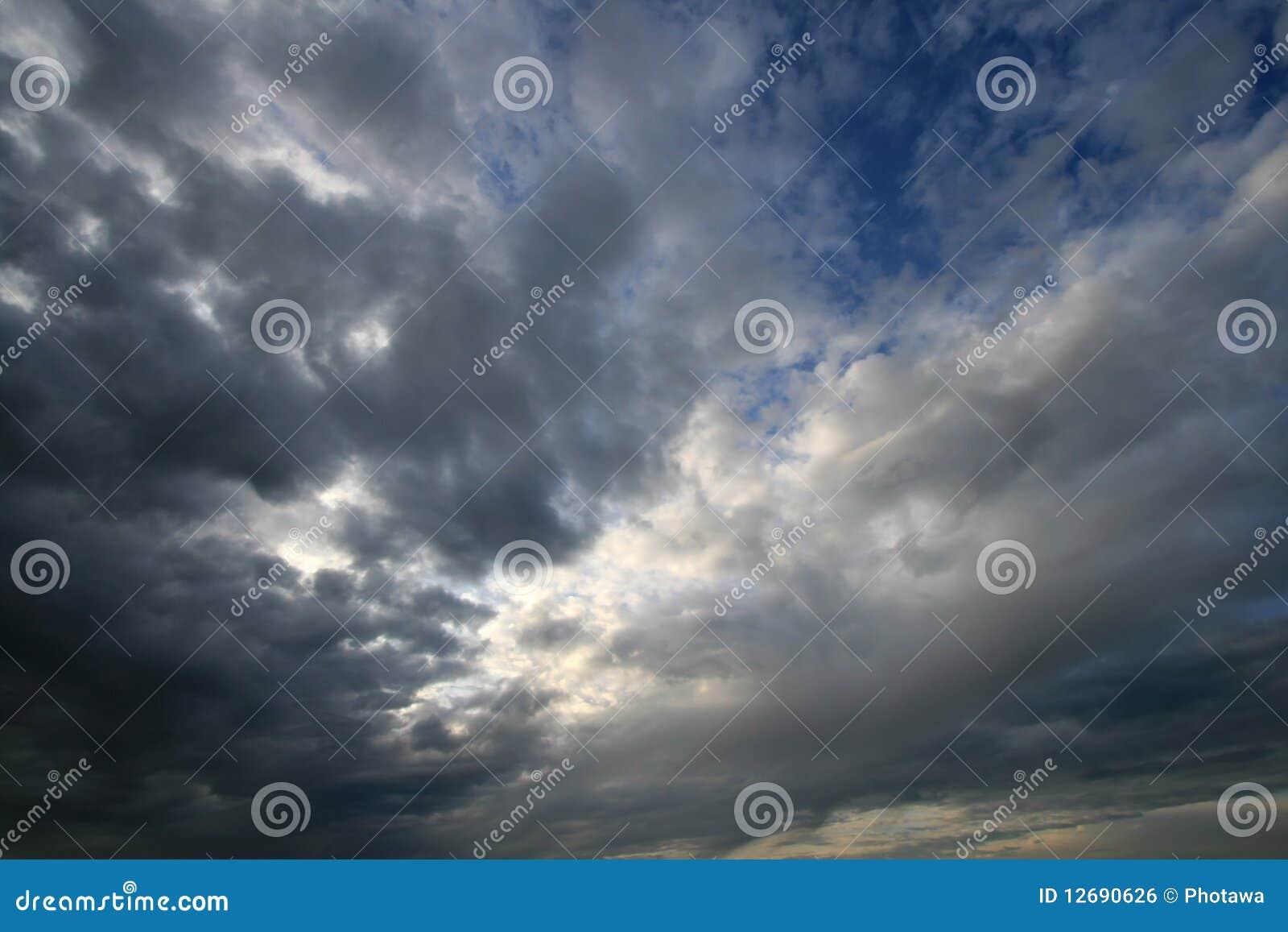 Cloudscape scuro