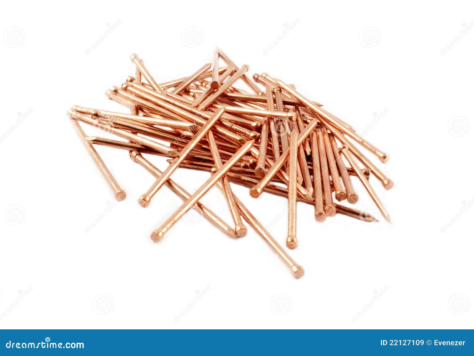 Clous de cuivre de construction images libres de droits - Clavos de cobre ...