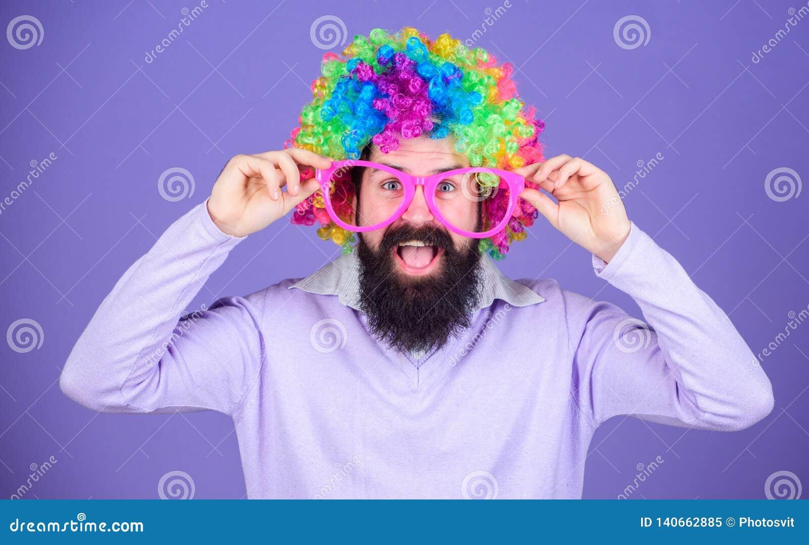 Clown et cirque Amusement de partie Ayez plaisir à être fou Sentez-vous libre pour s exprimer Avoir l amusement Amusement et carn