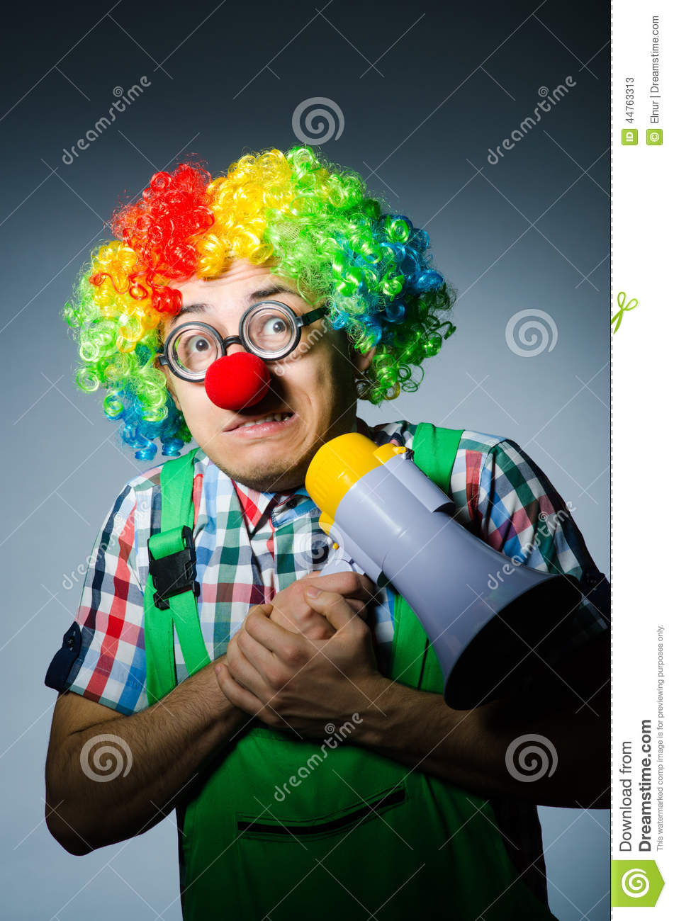 Clown mit loudspealer