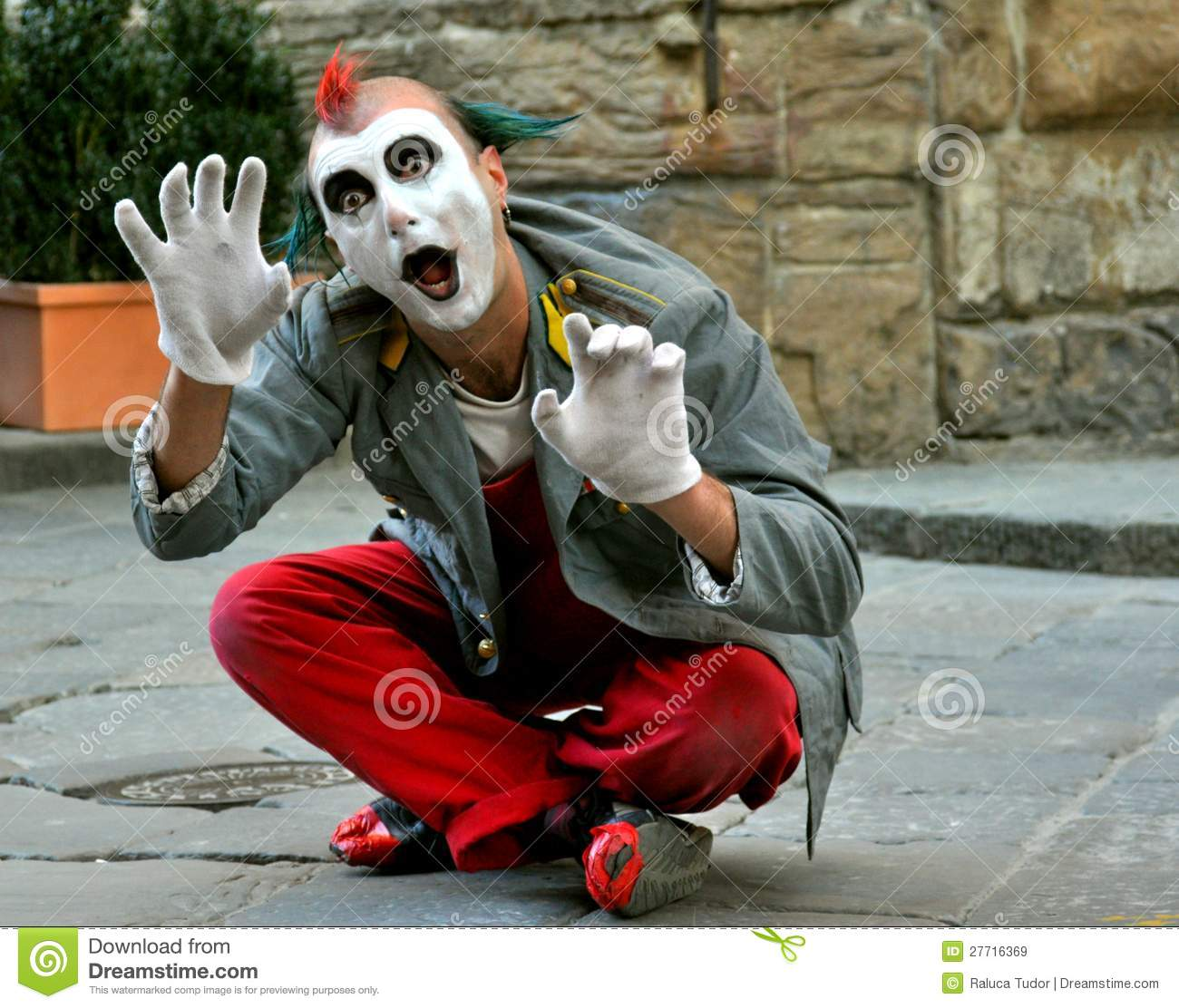 Clown Street Artist In Italy Editorial Stock Image Image
