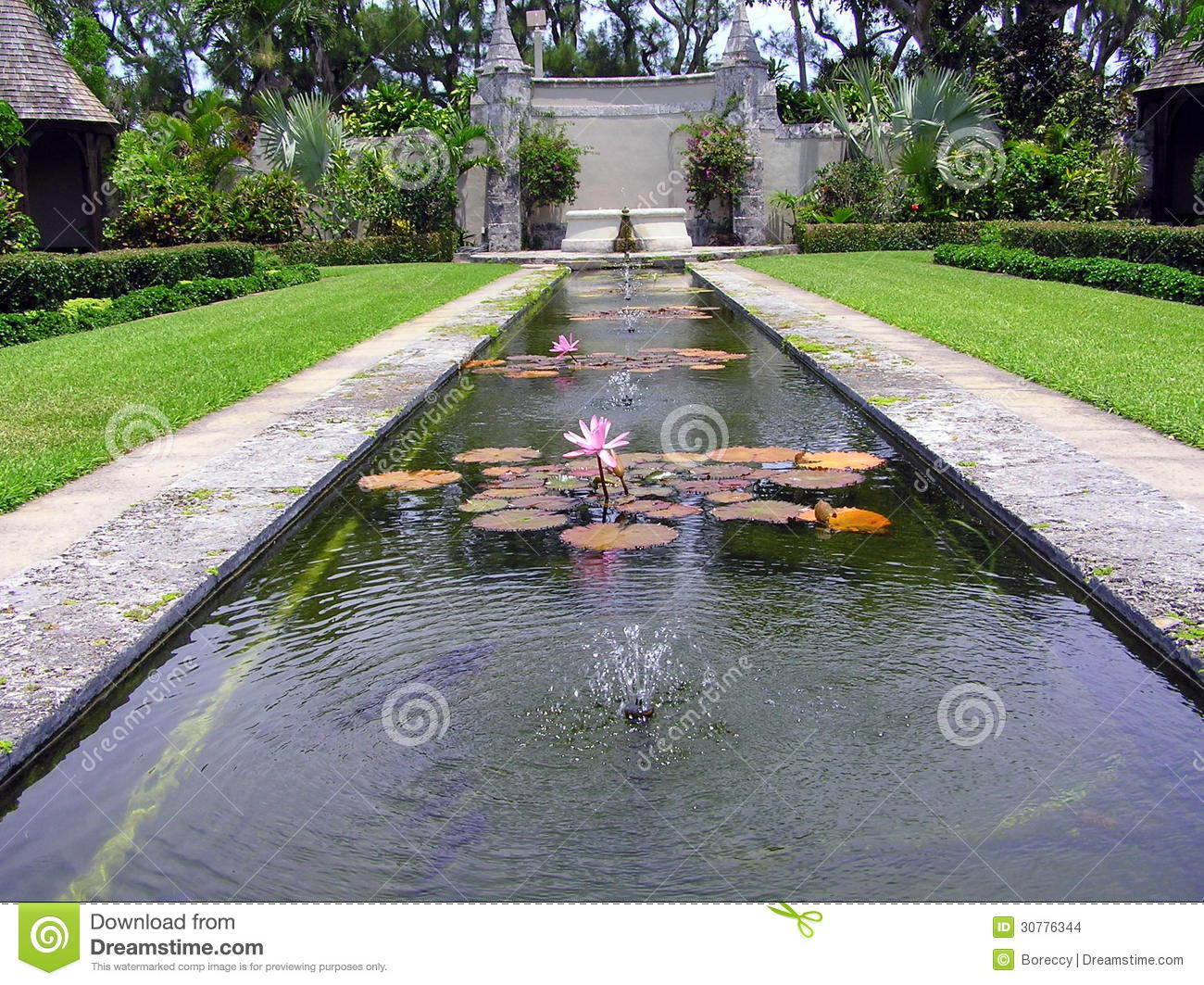 Cluett memorial gardens at bethesda by the sea palm beach stock photo image 30776344 for The fountains palm beach gardens